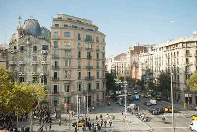 Two commercial spaces in the centre of Barcelona